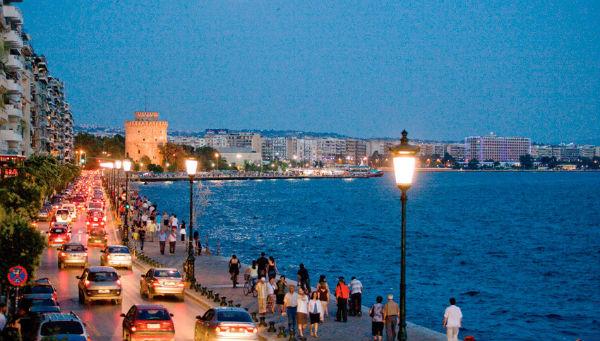 Набережная с прекрасными видами на море в Фессалониках l Медицинские туры в Грецию